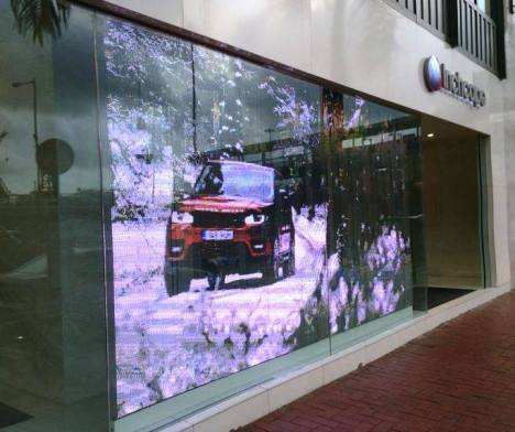 GlassLED tile screen installation